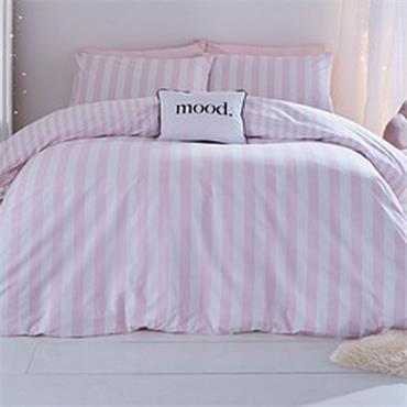 Bianca Stripe Tease White / Pink Quilt Set
