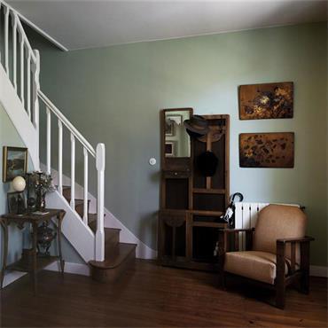 Farrow & Ball Vert De Terre No.234 Estate Eggshell
