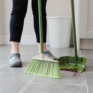 Town & Country Soft Brush & Dustpan