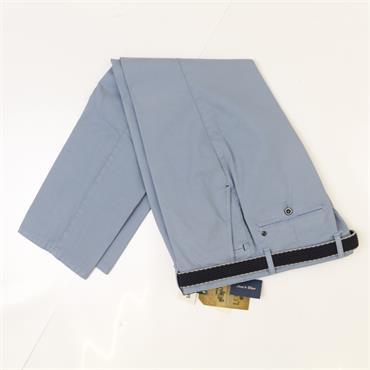 LCDN COMFORT CHINO - 370ICE BLUE