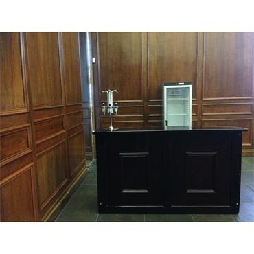 Mahogony Bar Counter 6' long (183cm w / 61cm d / 110cm h)
