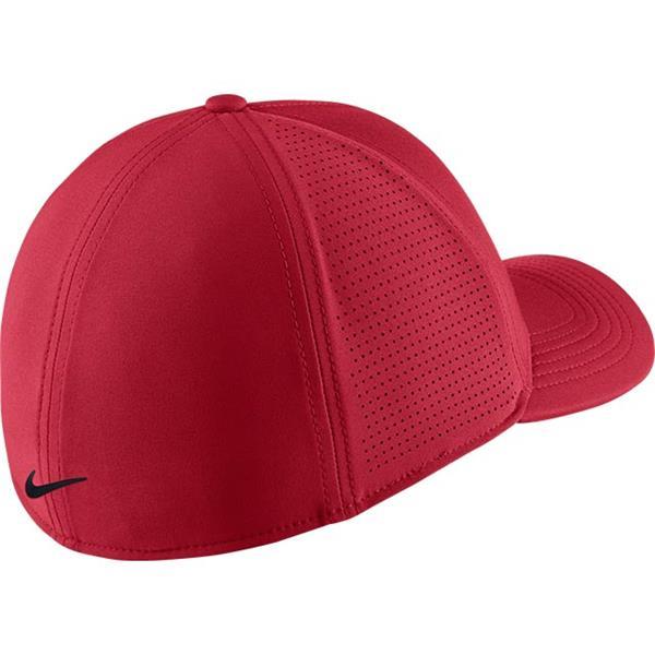 a3218ecc37cc0 Nike AeroBill Classic99 Mesh Golf Cap Pink