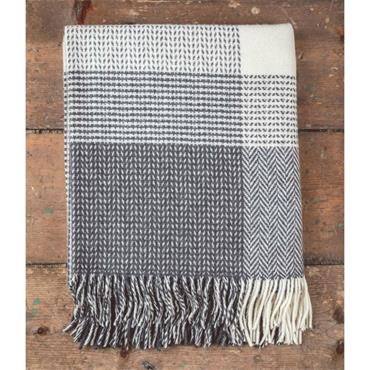 Foxford Grey & White Large Check Throw
