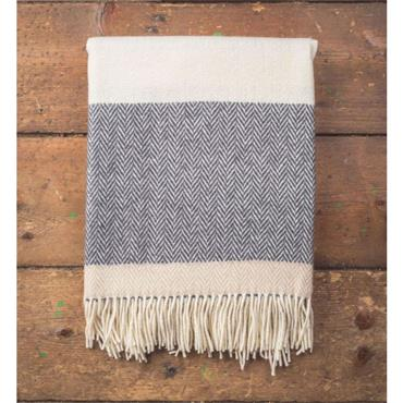 Foxford Oxford, Bone & White Stripe Throw