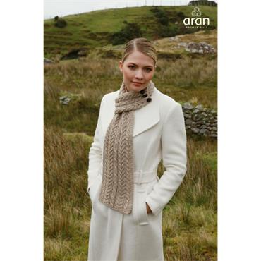 Aran Woolen Mills Buttoned Loop Scarf - Wicker