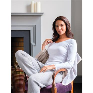 Ladies White Thermal Long Sleeve Top by Vedoneire