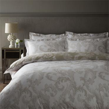 Dorma Acanthus Leaf Natural Duvet Set