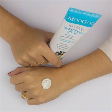 Moogoo Natural Sunscreen SPF 30 High Protection 120g