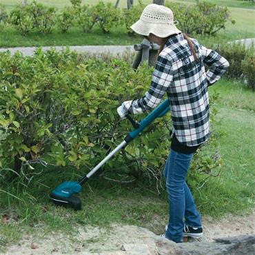 Makita DUR181RT 18V LXT Cordless Grass Line Trimmer Strimmer Inc 1X 5.0AH BATTERY