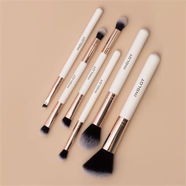 Inglot Cosmetics X Maura Eye Define, Contour & Shine Brush Set