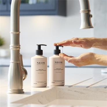 Neom Organics Great Day Hand & Body Wash 300ml