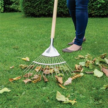 Kent & Stowe Garden Life Lawn Rake