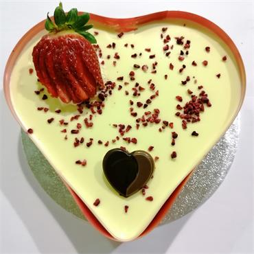 Valentine Heartshaped Lemon Cheese Cake
