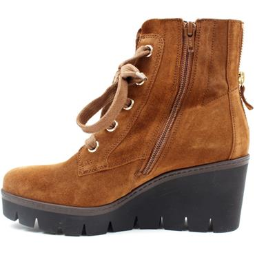 GABOR 74781 WEDGE LACED BOOT - TAN/SUEDE