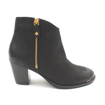 AMY HUBERMAN AFFAIR REMEMBER BOOT - Black