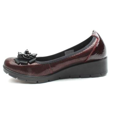 INEA BALMIN WEDGE SHOE - BURGUNDY