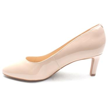 CLARKS CALLA ROSE COURT SHOE - CREAM E