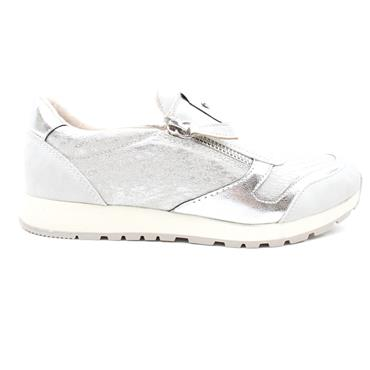 SUSST DIZZY21 SLIP ON SHOE - SILVER