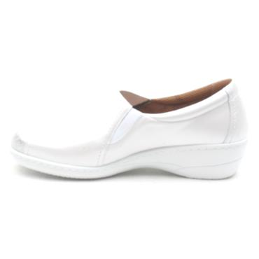 SOFTMODE EMILY SLIP ON SHOE - WHITE