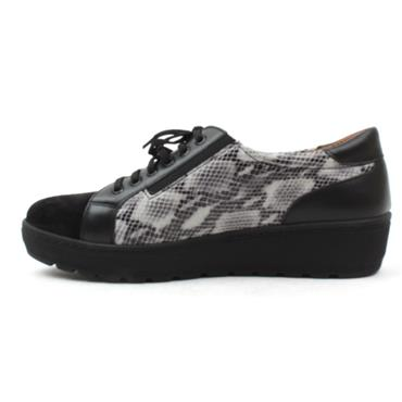 SOFTMODE MARIE WEDGE LACED SHOE - BLACK MULTI