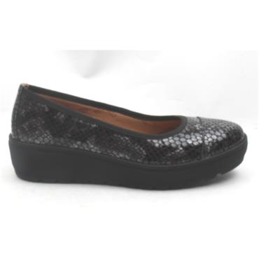 SOFTMODE MICHELLE WEDGE POMP - Black