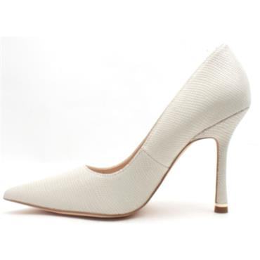 AMY HUBERMAN MY MAN GODFREY SHOE - ICE