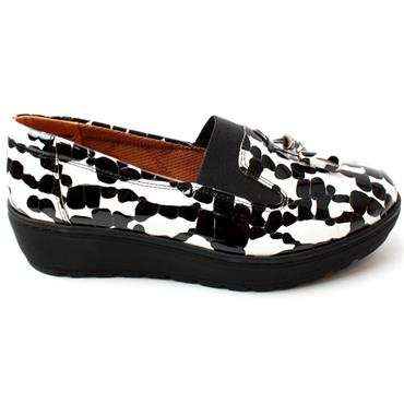 SOFTMODE NITA TOGGLE SHOE - WHITE MULTI