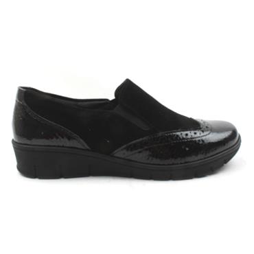 SOFTMODE SADIE SLIP ON SHOE - Black