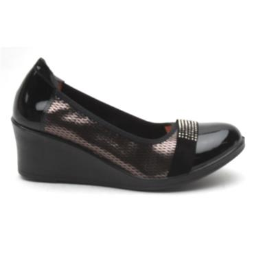 INEA SAGAIE WEDGE SHOE - BLACK PATENT