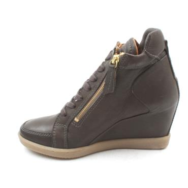 AMY HUBERMAN BY BOURBON SHOWBOAT BOOT - BROWN