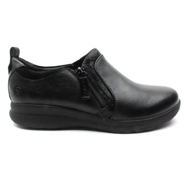 CLARKS UNADORN ZIP SHOE - BLACK D