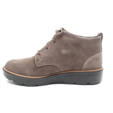 CLARKS UNBALSA MID LACED BOOT - TAUPE