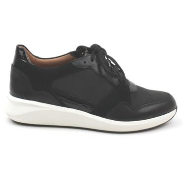 CLARKS UN RIO RUN LACED SHOE - BLACK MULTI D