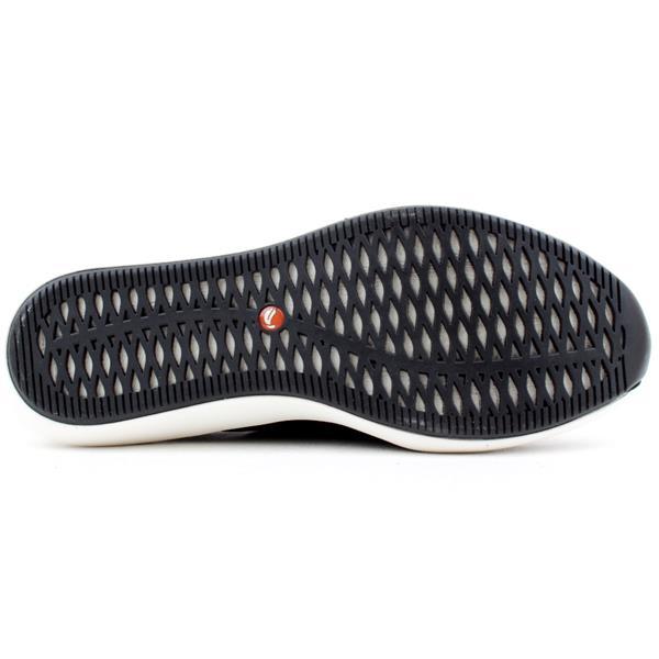 Clarks Unrio Strap Shoe Black D