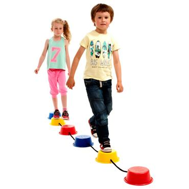 First-play Stepping Bucket