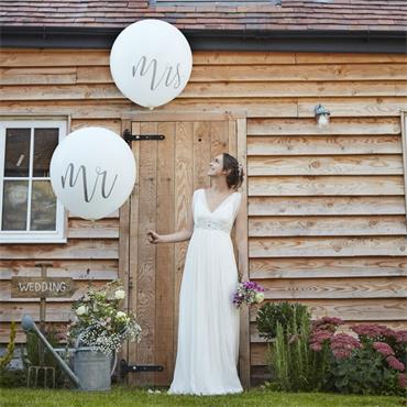 "Large 36"" Mr & Mrs Balloons"
