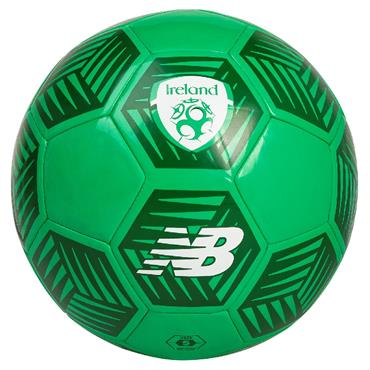 New Balance FAI Ireland Dash Football - Green