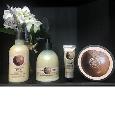 The Body Shop Shea Pamper Hamper